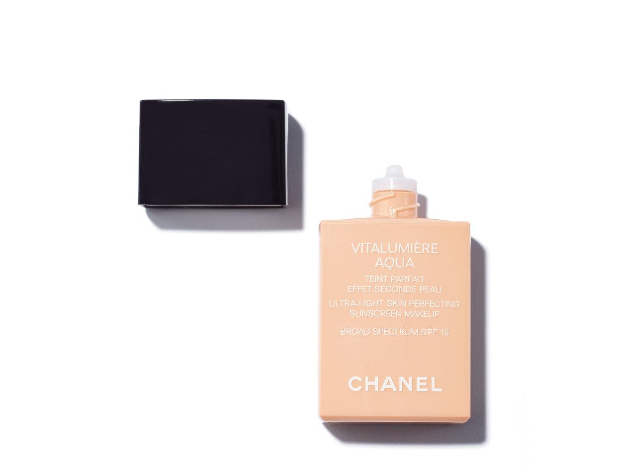 Chanel Vitalumière Aqua Ultra-Light Skin Perfecting Sunscreen Makeup Broad Spectrum SPF15 in 12 Beige Rosé | Shop now on @violetgrey https://www.violetgrey.com/product/vitalumiere-aqua-ultra-light-skin-perfecting-sunscreen-makeup-broad-spectrum-spf15/CHN-170816