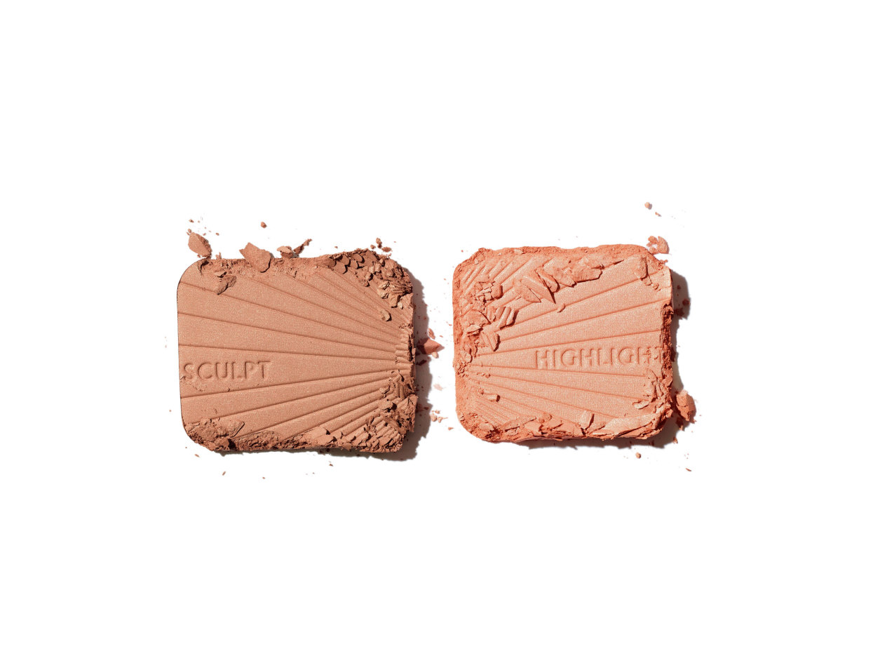 Charlotte Tilbury Filmstar Bronze and Glow in Medium to Dark | Shop now on @violetgrey https://www.violetgrey.com/product/filmstar-bronze-and-glow/CHT-FBRZX16X2R45