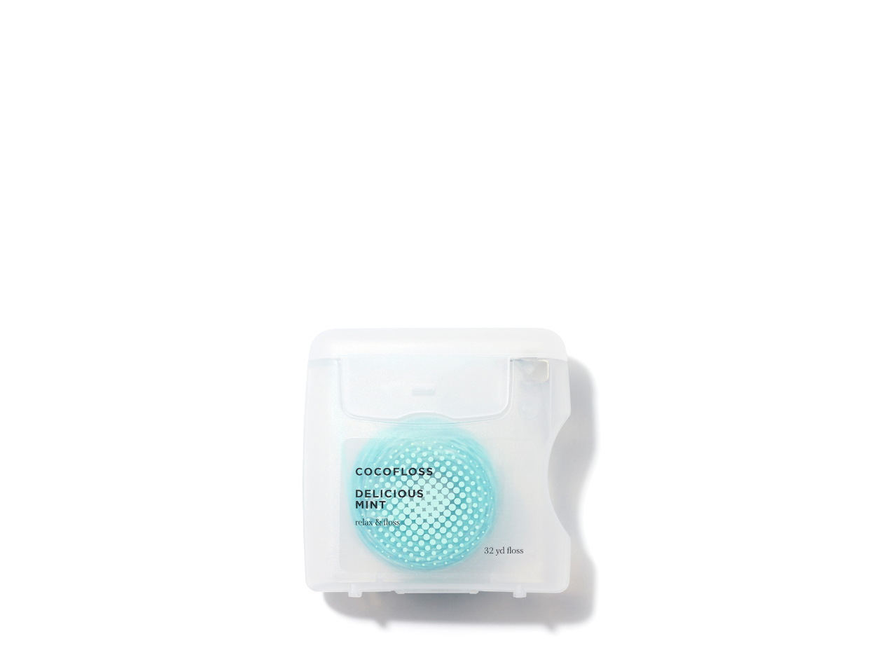 CocoFloss COCOFLOSS SINGLE in DELICIOUS MINT | Shop now on @violetgrey https://www.violetgrey.com/product/coco-floss/COC-32MINT