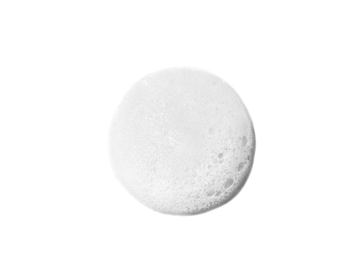Dr. Barbara Sturm Darker Skin Tones Foam Cleanser   Shop now on @violetgrey https://www.violetgrey.com/product/darker-skin-tones-foam-cleanser/DBS-E-20-200-03