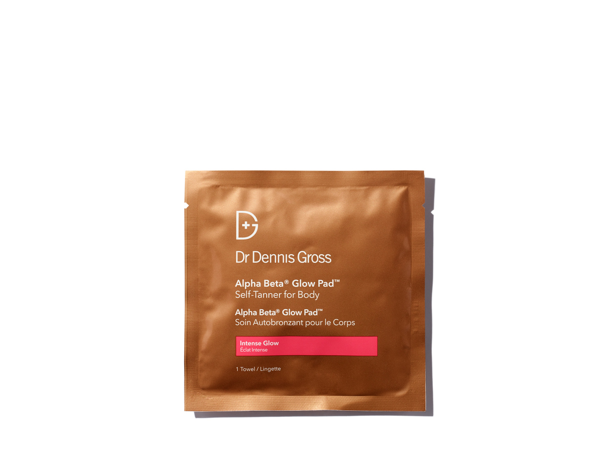 Dr. Dennis Gross Alpha Beta® Glow Pad™ Self-Tanner for Body Intense Glow | Shop now on @violetgrey https://www.violetgrey.com/product/alpha-beta-glow-pad-intense-glow-for-body/DG-BA560510