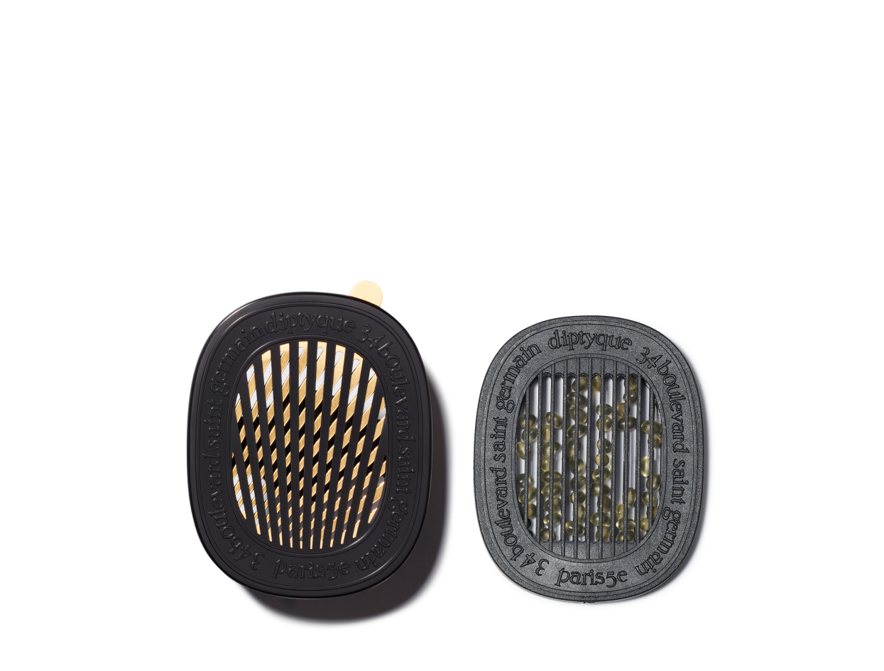 Diptyque Car Diffuser Set with Cartridge in Figuier | Shop now on @violetgrey https://www.violetgrey.com/product/car-diffuser-set-with-cartridge-in-figuier/DIP-CARDIFFI
