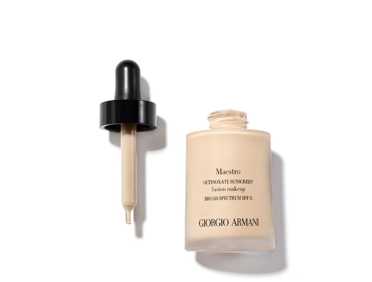 Giorgio Armani Maestro Foundation Broad Spectrum SPF 15 in 2   Shop now on @violetgrey https://www.violetgrey.com/product/maestro-foundation-broad-spectrum-spf-15/GIO-L37990