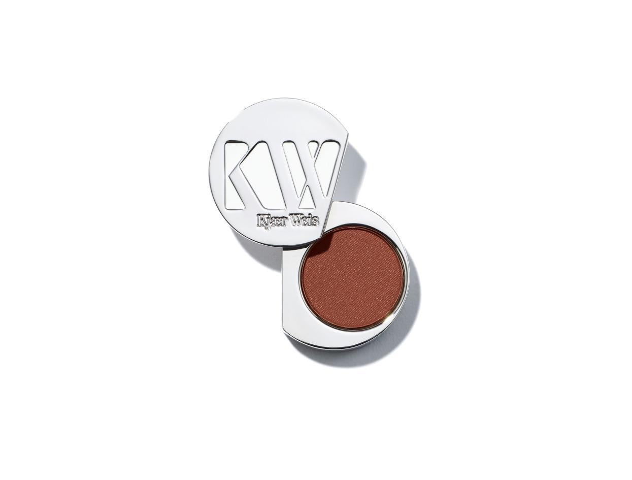 Kjaer Weis Eye Shadow Compact in Earthy Calm   Shop now on @violetgrey https://www.violetgrey.com/product/eye-shadow-compact/KJW-012917