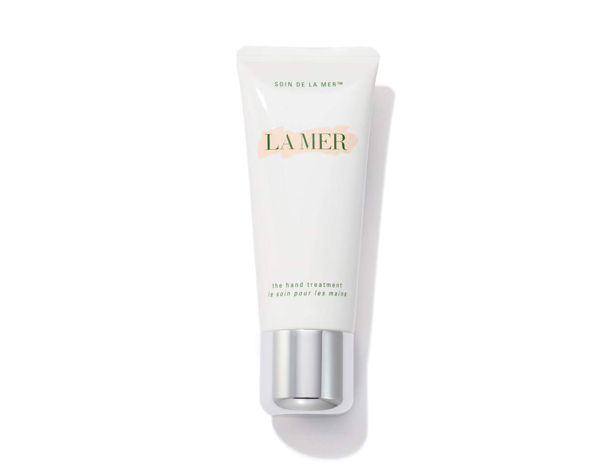 La Mer The Hand Treatment in 3.4 oz | Shop now on @violetgrey https://www.violetgrey.com/product/the-hand-treatment/LAM-22TW-01
