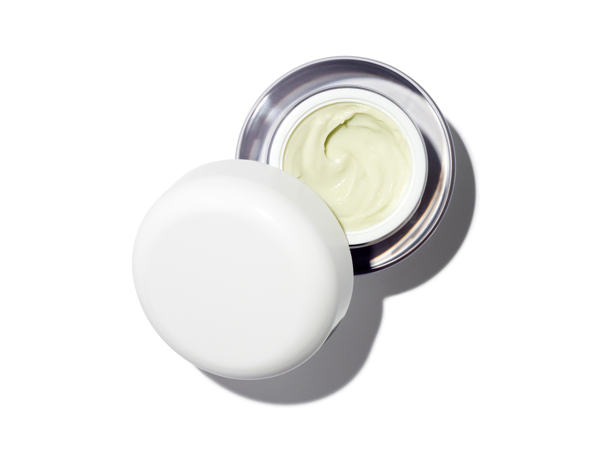 La Mer The Lifting + Firming Mask in 1.7 oz | Shop now on @violetgrey https://www.violetgrey.com/product/lifting-firming-mask/LAM-54TR01