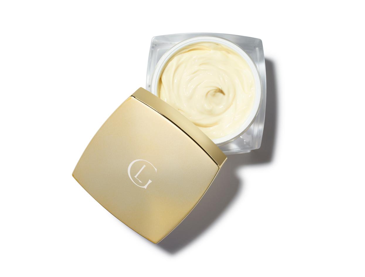 Leonor Greyl Masque Quintessence Deep Nourishing Treatment Mask in 7 oz | Shop now on @violetgrey https://www.violetgrey.com/product/masque-quintessence-deep-nourishing-treatment-mask/LEO-002038