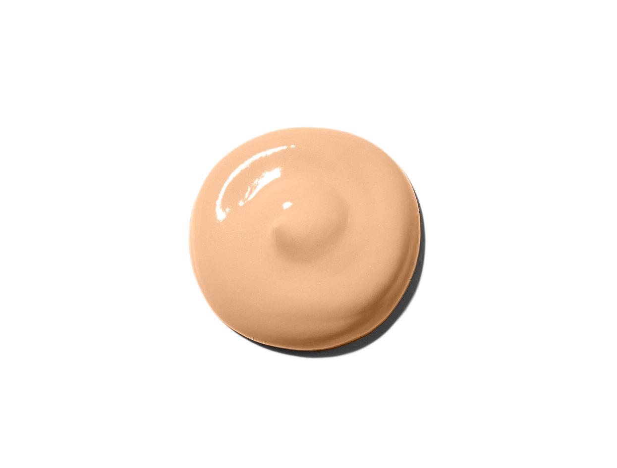 Laura Mercier Tinted Moisturizer Broad Spectrum SPF 20 Sunscreen in Sand | Shop now on @violetgrey https://www.violetgrey.com/product/tinted-moisturizer-broad-spectrum-spf-20-sunscreen/LMR-12345002