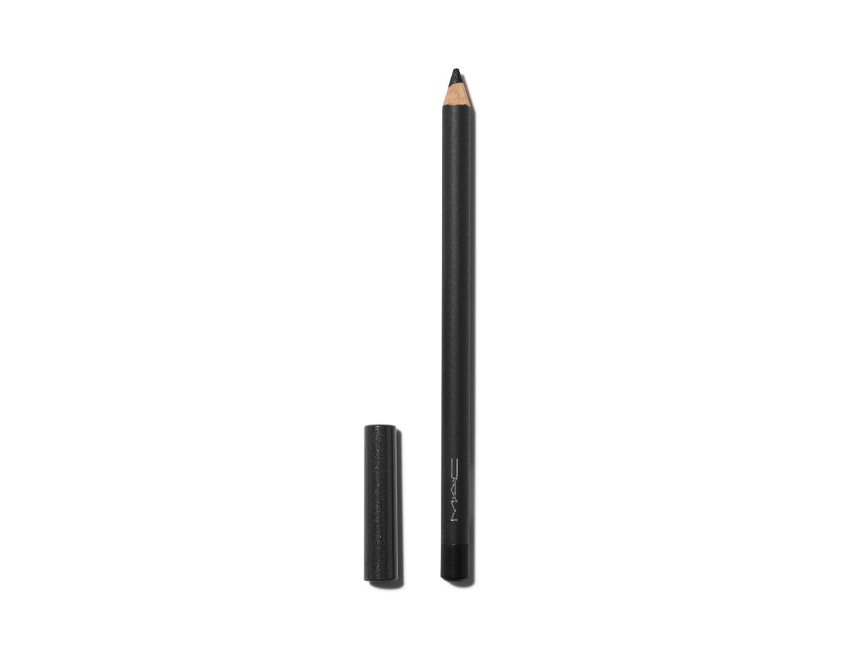 M·A·C Eye Kohl Pencil in Smolder | Shop now on @violetgrey https://www.violetgrey.com/product/mac-eye-pencil/MAC-M1XG01