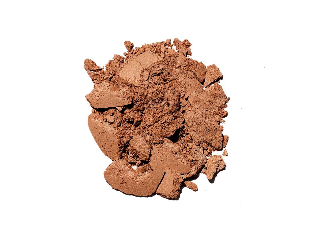 M·A·C Mineralize Skinfinish Natural Powder in Dark Deep | Shop now on @violetgrey https://www.violetgrey.com/product/mineralize-skinfinish-natural-powder/MAC-MT7E-14