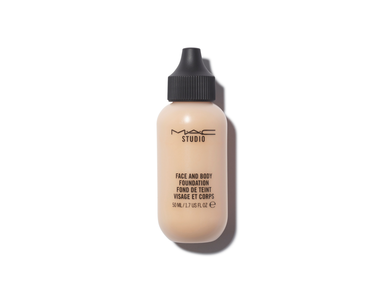 M·A·C Face and Body Foundation in N1 | Shop now on @violetgrey https://www.violetgrey.com/product/mac-face-and-body-foundation-50ml/MAC-MW3C01