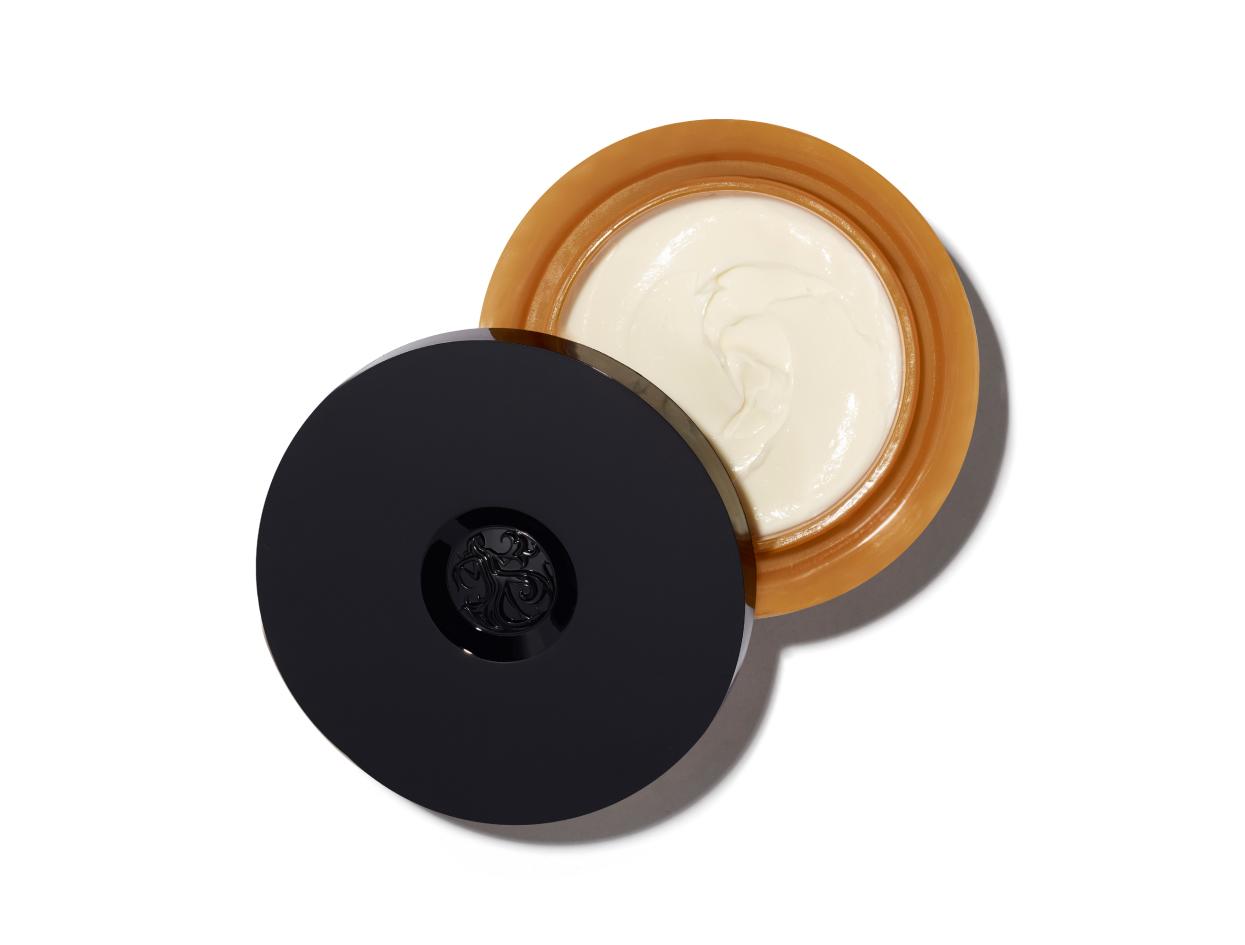 Oribe Côte d'Azur Restorative Body Crème | Shop now on @violetgrey https://www.violetgrey.com/product/cote-d-azur-body-creme/ORI-A1BCCOT59A1