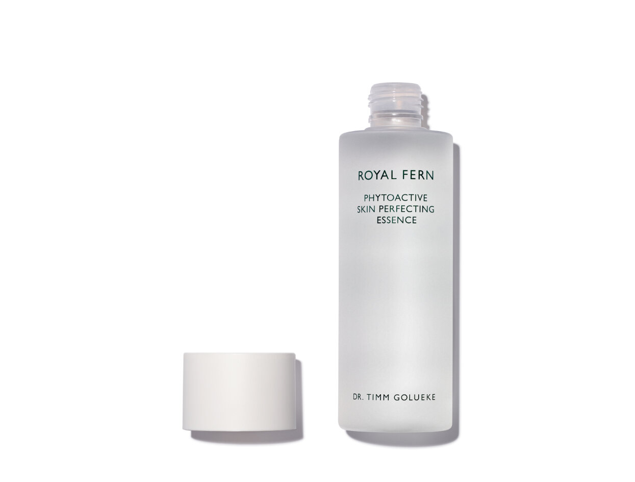 Royal Fern Phytoactive Skin Perfecting Essence in 6.76 oz. | Shop now on @violetgrey https://www.violetgrey.com/product/phytoactive-skin-perfecting-essence/ROY-470509