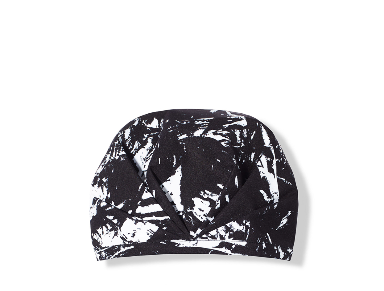 Shhhowercap The Kent in Black and White | Shop now on @violetgrey https://www.violetgrey.com/product/the-kent/SHW-SQ8289617