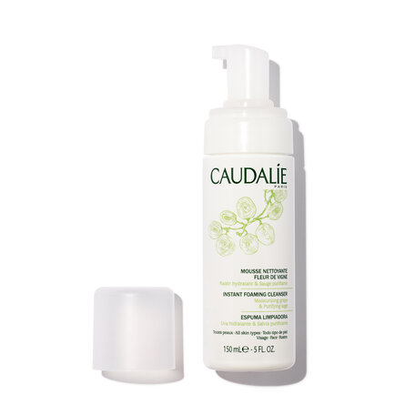 CAUDALIE Instant Foaming Cleanser - 5.0 oz / 150 ml | @violetgrey