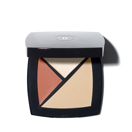 CHANEL Palette Essentielle - 150 - Beige Clair/Concealer/Highlighter//Blush | @violetgrey