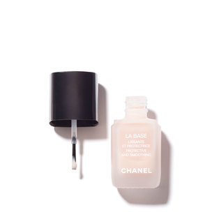 CHANEL La Base Protective And Smoothing | @violetgrey