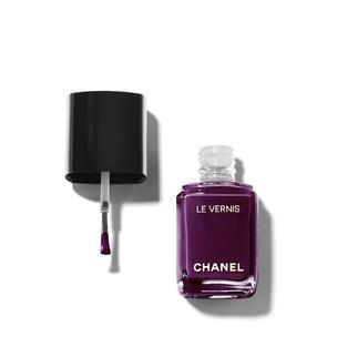 CHANEL Le Vernis Longwear Nail Colour - 628 Prune Dramatique | @violetgrey