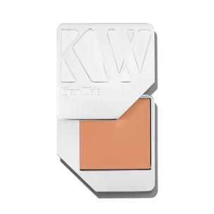 KJAER WEIS Foundation - Velvety | @violetgrey