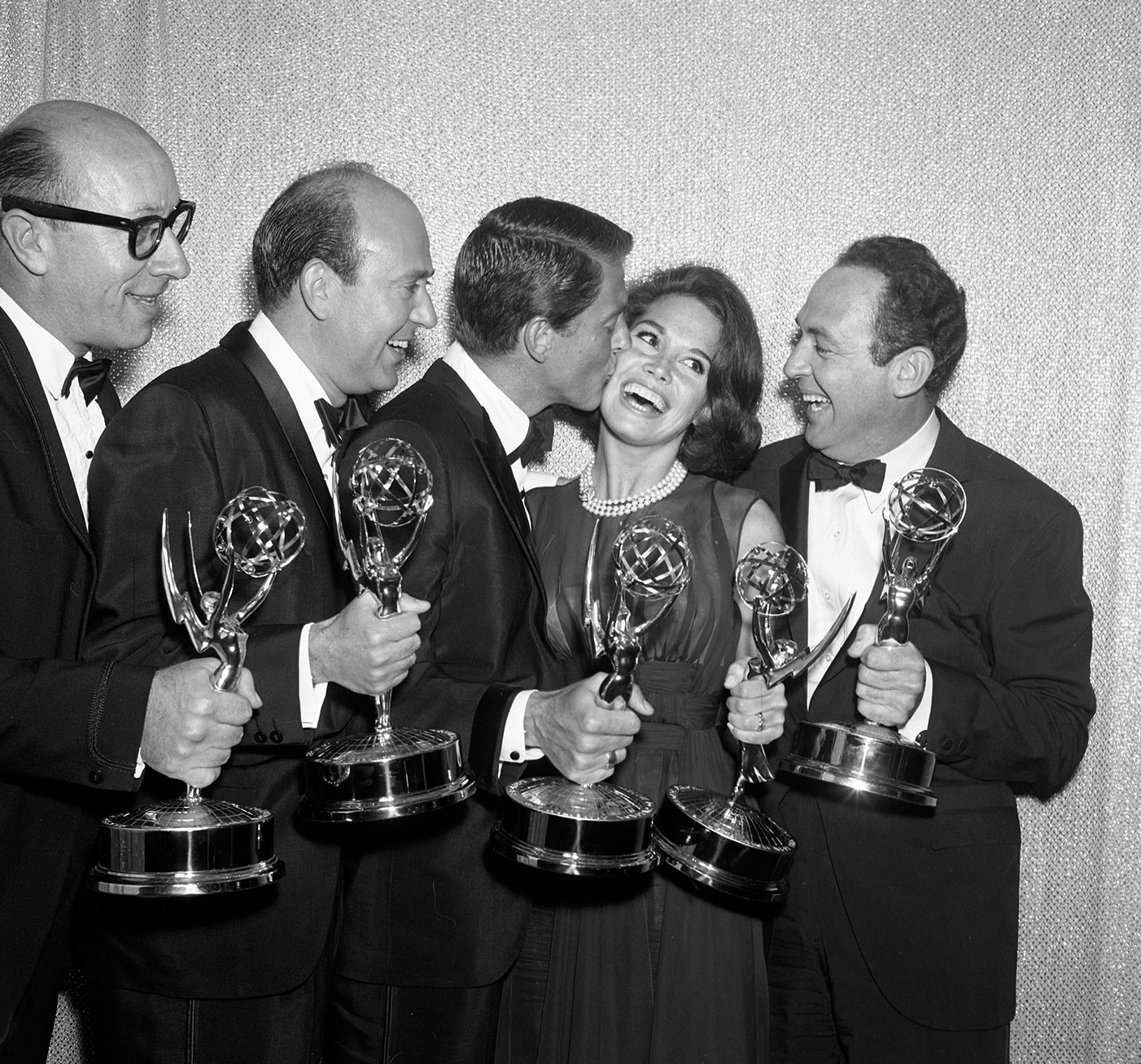 Mary Tyler Moore Remembers The Emmys: An interview with the TV icon as she reminisces about the biggest night on the small screen  |  #VioletGrey, The Industry's Beauty Edit