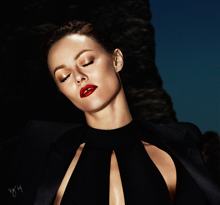 THE ORANGE-RED LIP TUTORIAL featuring Vanessa Paradis by Sabrina Bedrani  |  #VioletGrey, The Industry's Beauty Edit