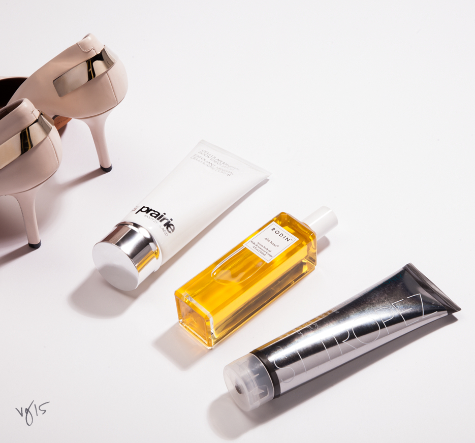 How to instantly bronze legs  |  #VIOLETGREY, The Industry's Beauty Edit