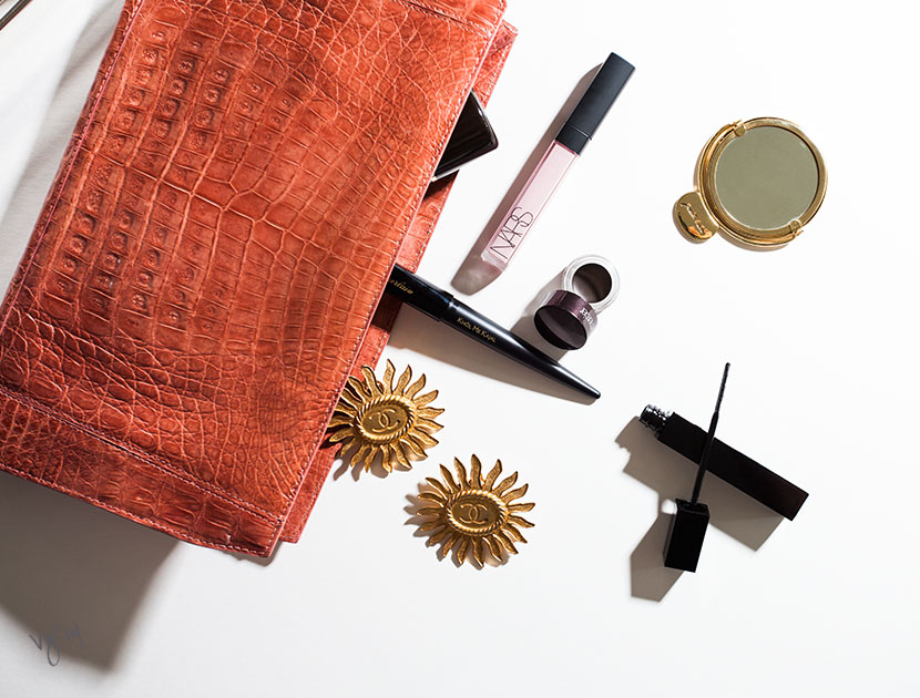 ONE MINUTE MAKEOVER: Instantly up your beauty ante with these quick-change cosmetics     #VioletGrey, The Industry's Beauty Edit