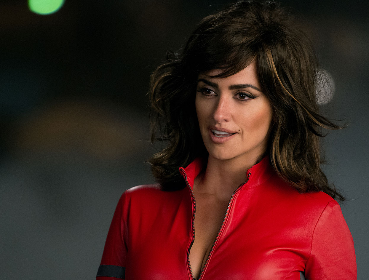 Violet Look | Penélope Cruz in <em> Zoolander 2 </em> | The Violet Files