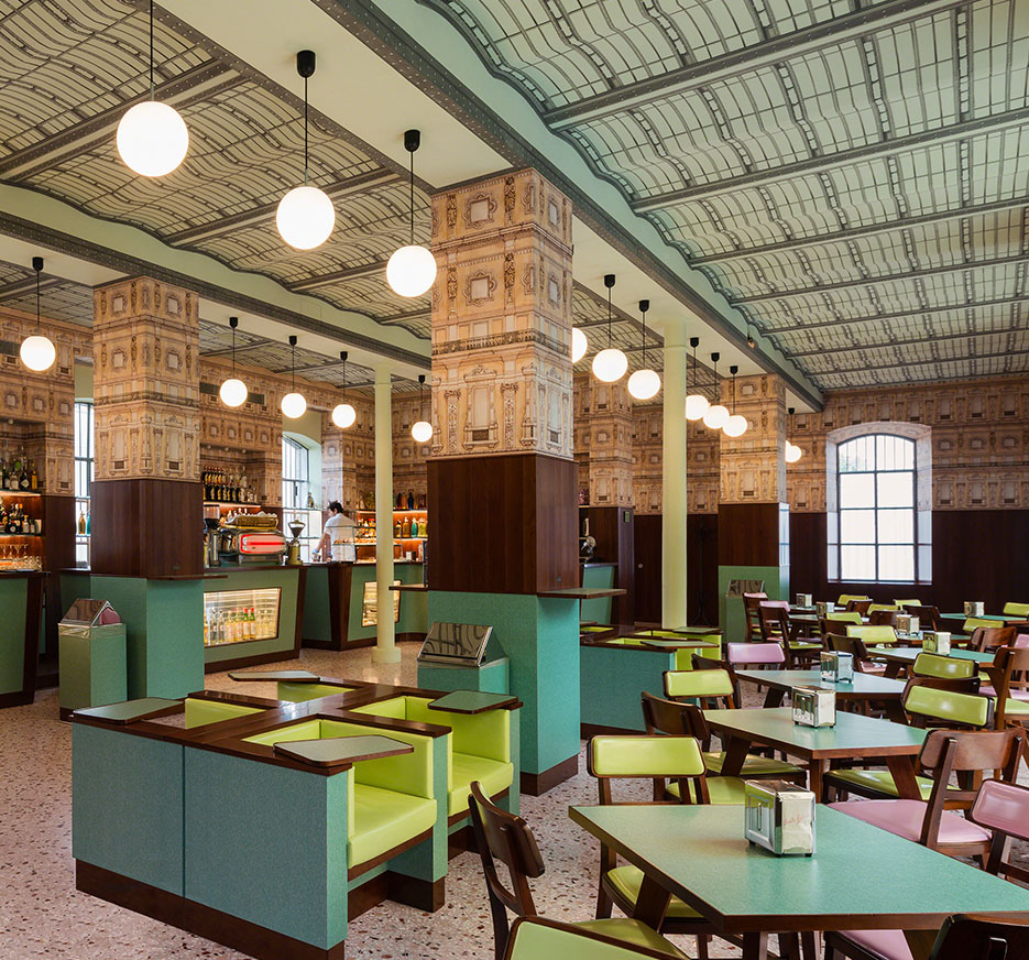 Wes Anderson's Bar Luce, Milan | THE VIOLET FILES | @violetgrey